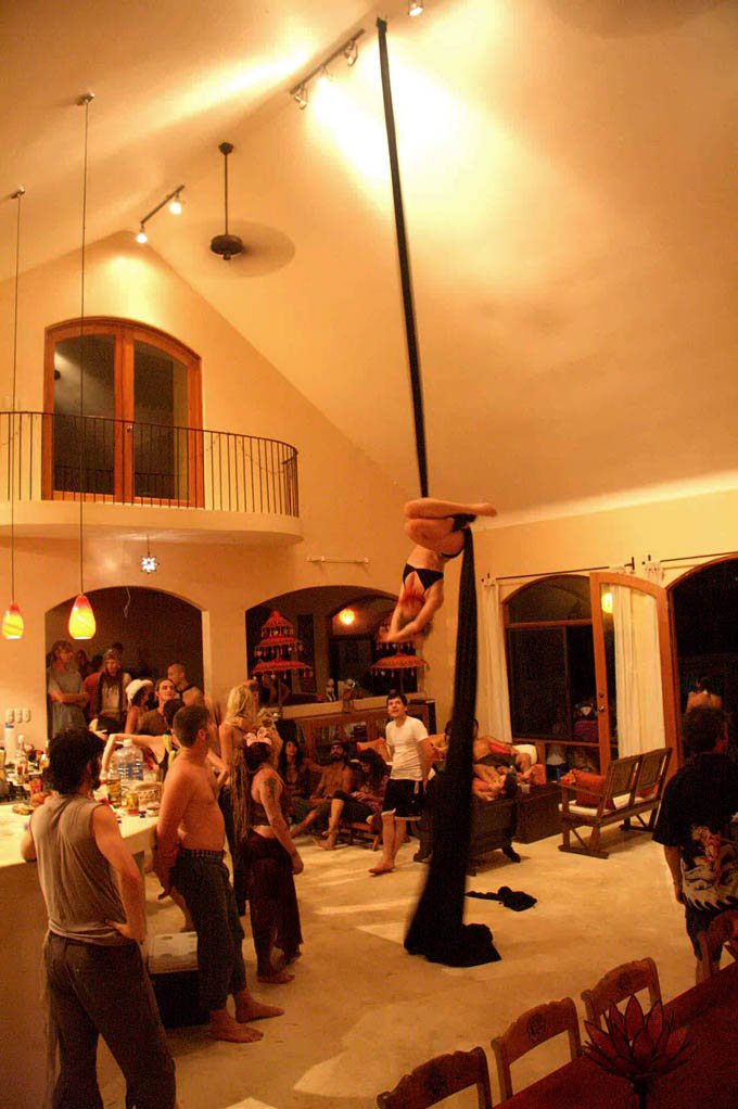 Silk Trapeze in the house
